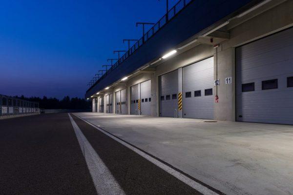 Large industrial overhead rolling garage doors Guelph, Ontario