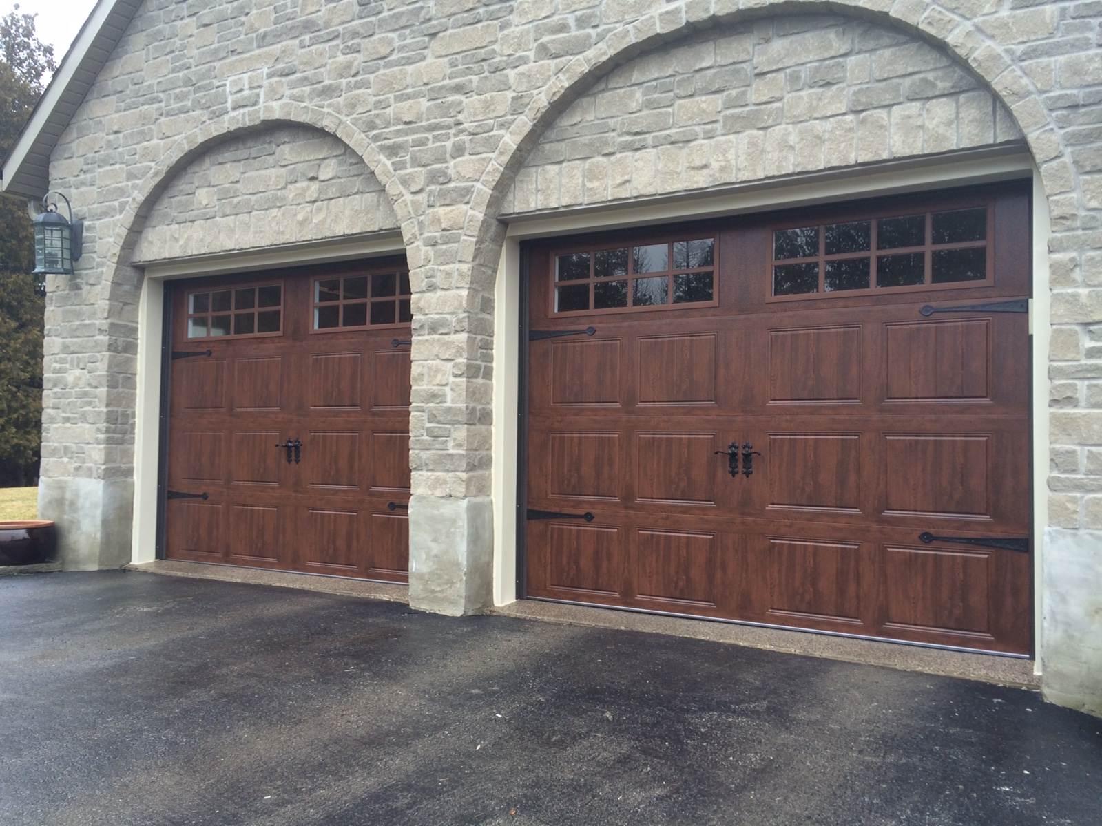 Why won 39 t your garage door close haws overhead garage for Overhead shed doors
