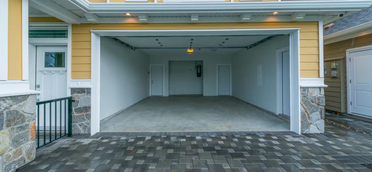 Roll Up Garage Door Installers In Guelph Kitchener Cambridge Elora